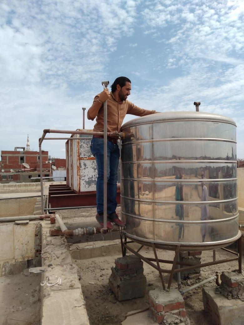 بالصور ...حملات على المدارس للتأكد من النظافة وسلامة مياه الشرب بها