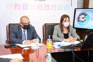 وزيرة التخطيط : تبحث سبل التعاون في مجالات التنمية وتأهيل الكوادر مع وزير التخطيط اليمني