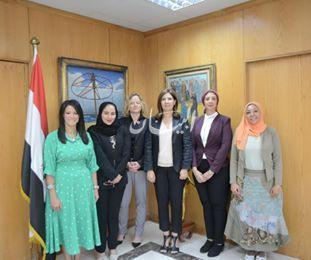 """""""المشاط"""" تعقد اجتماعا مع المدير الإقليمي بمنظمة السياحة العالمية لبحث سبل تعزيز التعاون ."""