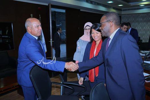 الوزير يبحث مع وفد البنك الدولي سبل تدعيم قطاع النقل في مصر ويتابع تنفيذ عدد من المشروعات