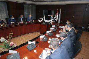وزير النقل يجتمع بقيادات السكك الحديدية ومصنع سيماف مشروعات عربات الركاب والبضائع الجاري تنفيذها