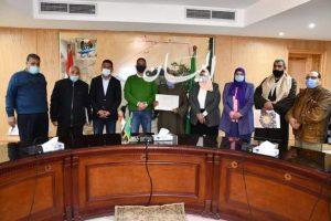 محافظ الفيوم يكرم الفائزين في المسابقة الدينية لإذاعة شمال الصعيد