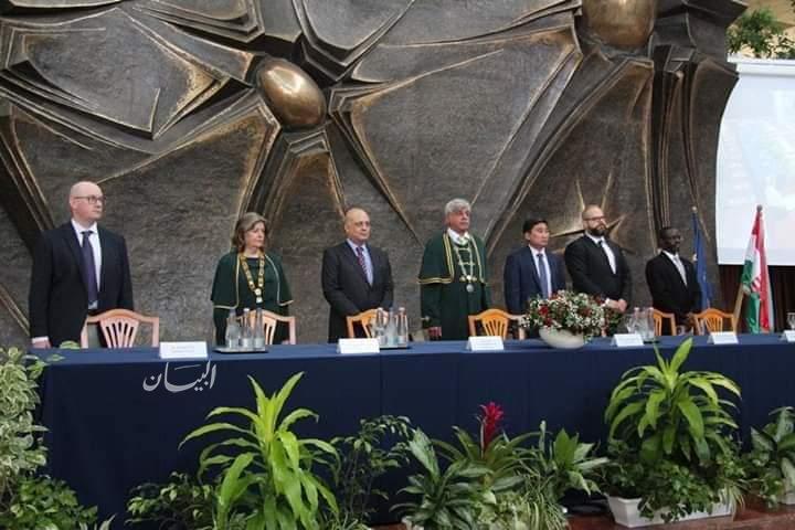 سفير مصر في بودابست يشارك في حفل افتتاح العام الدراسي الجديد بجامعة سانت استيفان المجرية