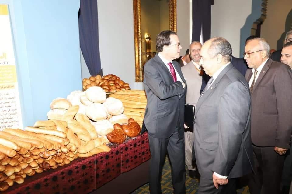 """""""وزير الزراعة"""" يفتتح ندوة الحبوب المصرية الفرنسية"""