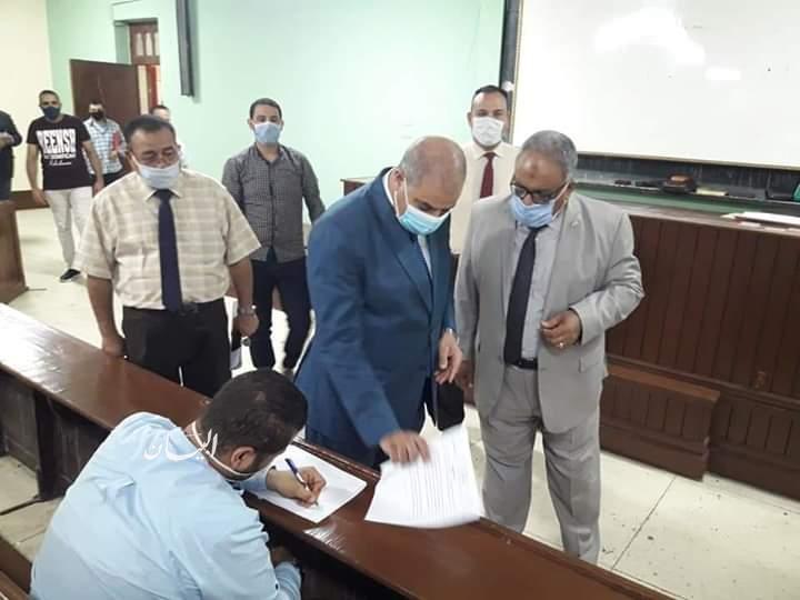 رئيس جامعة الأزهر يتفقد لجان امتحانات التخلفات بقطاع الدراسة   جريدة البيان