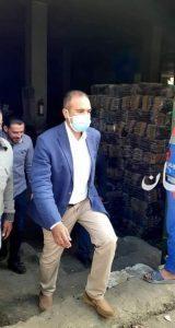 رئيس مدينة المنيا يحيل موظف للتحقيق ويتابع الاسعار ونظافة المدينة