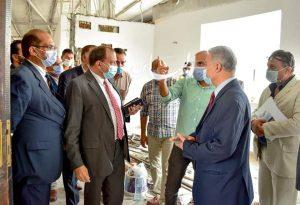 رئيس جامعة بني سويف يفاجئ مجلس كلية علوم الأرض ويوجه بالإسهام في تطوير كهف سنور