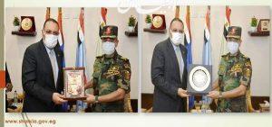 غراب : يقدم التهنئة لقائد قوات المظلات احتفالا بالذكرى 48لانتصارات اكتوبر
