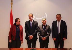 وزير الاتصالات :يشهد توقيع مذكرة تفاهم بين هيئة البريد والاتحاد المصري للتمويل متناهي الصغر